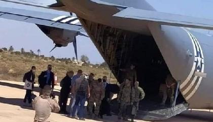 زيارة غامضة من قائد القوات الأمريكية في أفريقيا إلى ليبيا