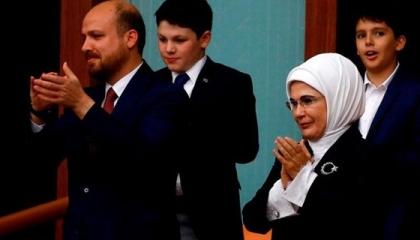 محكمة تركية تأمر بحجب أخبار فضائح زوجة أردوغان ونجله
