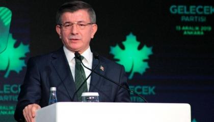 داود أوغلو يطالب أردوغان بالصمود أمام تهديد السيسي لطموحات تركيا في ليبيا