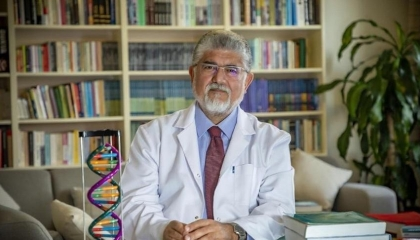 بالفيديو.. طبيب تركي لحكومة أردوغان: تخدعون الشعب وتعرضون الطلاب للموت