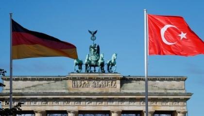 حزب ألماني معارض يطالب بحظر تصدير السلاح لتركيا