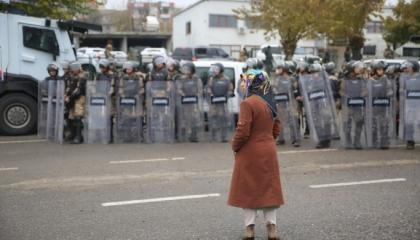 القبض على الرئيسين المشاركين لبلدية إكيكوبرو التركية