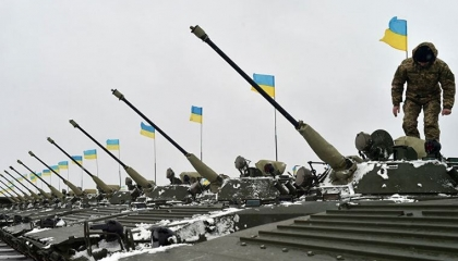 أوكرانيا تتلقى مساعدات عسكرية من أردوغان بقيمة 205 ملايين ليرة تركية