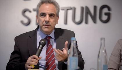 مستشار الأمن القومي اليوناني: أخطأنا في دعم حفتر من البداية والوفاق «مزعجة»