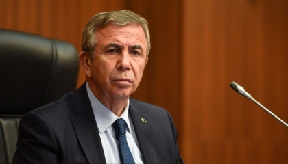 رئيس بلدية أنقرة يكتب لصالح موقع تركي فضح فساد أسرة أردوغان