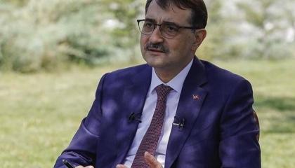 وزير الطاقة التركي: نواصل البحث عن النفط في ليبيا
