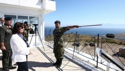 تركيا اعتبرتها استفزازية.. رئيسة اليونان تزور جزيرة إيشيك المُتنازع عليها