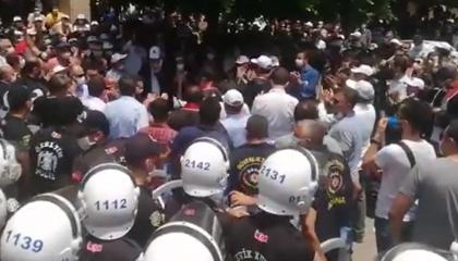 الشرطة التركية تعتدي على «مسيرة الدفاع» للمحامين بأضنة