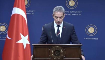تركيا: نشعر بخيبة أمل من استقبال أوروبا لمسافرين من العالم الثالث وتجاهلنا