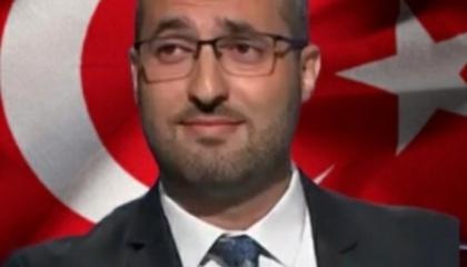إعلامي موالٍ لرئيس تركيا: أکفر بالنبي محمد ولا أكفر بأردوغان