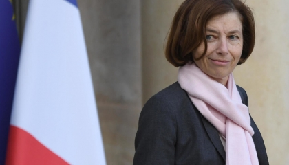 فرنسا تعلق مشاركتها في عمليات «الناتو» لحين وقف انتهاكات تركيا بالمتوسط