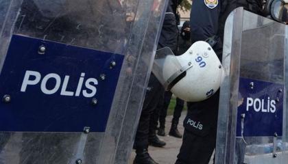 الشرطة التركية تعتقل طفلًا بإزمير بتهمة إهانة أردوغان على السوشيال ميديا