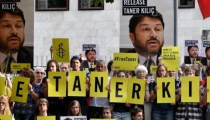 برلين تحذر مواطنيها من السياحة بتركيا بعد حبس نشطاء «العفو»: دولة غير آمنة