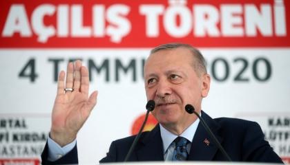 فشل في «توزيع قناع» ويريد تحويل تركيا لمركز علاجي للقارات.. أردوغان يهذي!