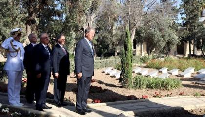 «الأناضول» تكذّب مقتل رئيس أركان الجيش التركي في غارات على قاعدة الوطية