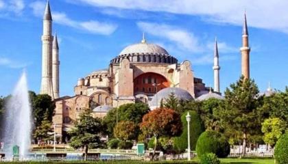 صحفي تركي موال لأردوغان يسرب قرار مجلس الدولة بشأن «آيا صوفيا»: أصبح مسجدًا