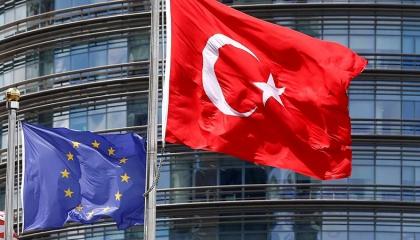الاتحاد الأوروبي يواصل فرض قيود السفر من تركيا بسبب فيروس كورونا