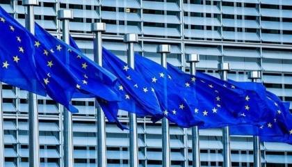 الاتحاد الأوروبي يواصل حظر السفر إلى تركيا