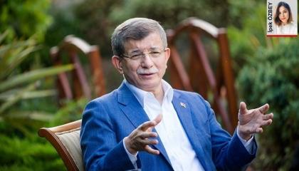 داود أوغلو: «المحسوبية» و«محاباة الأقارب» أهم أسباب انسحابي من حزب أردوغان