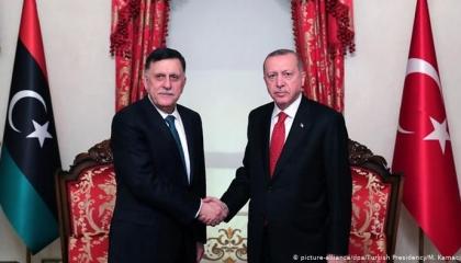 السراج يلتقي أردوغان بأنقرة.. والجيش الليبي يكشف عجز تركيا عن التقدم في سرت