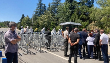 بالفيديو.. شرطة أردوغان تمنع المواطنين الأتراك من زيارة أتاتورك