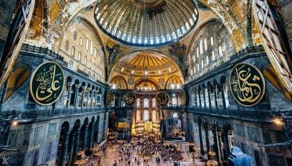 كنائس اليونان تعلن «الحداد» بعد إقامة صلاة الجمعة في «آيا صوفيا»