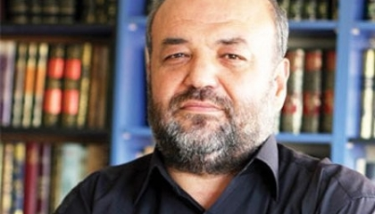 داعية تركي: «خطبة السيف» لا علاقة لها بالإسلام وتشبه تصرفات زعيم «داعش»
