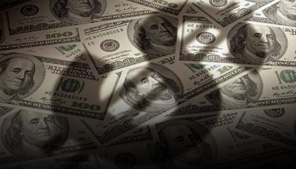 صحيفة أمريكية: تركيا تشهد أكبر موجة لهروب رؤوس الأموال الأجنبية في تاريخها