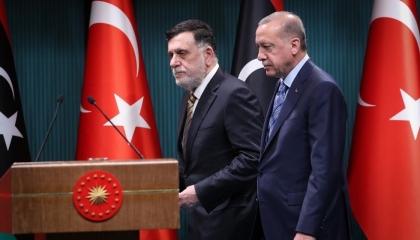 صحيفة موالية لأردوغان: تركيا تنتظر إشارة للهجوم على سرت