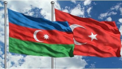 تركيا وأذربيجان توقعان بروتوكول تنشيط السياحة بين البلدين