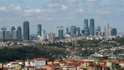 البنوك الحكومية التركية ترفع فوائد القروض العقارية