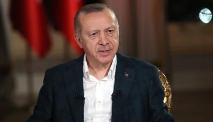 علامات النسيان تظهر على أردوغان خلال افتتاح دير سوميلا بمدينة طرابزون