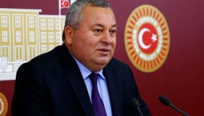 فصل نائب من حزب حليف أردوغان بسبب انتقاده «العدالة والتنمية»