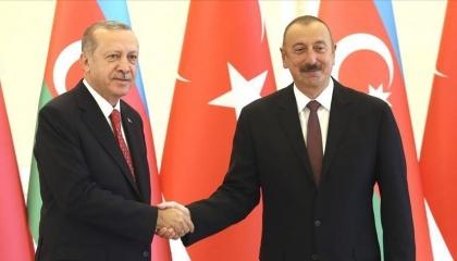 رئيس أذربيجان يهنئ حليفه أردوغان بمناسبة عيد الأضحى