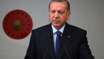 أردوغان ينتقد ترسيم الحدود بين مصر واليونان ويوقع اتفاقية شبيهة مع ليبيا