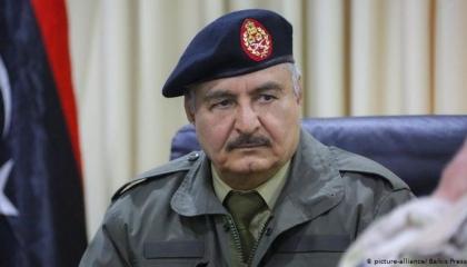 ليبيا تطالب برقابة دولية لمنع توريد السلاح للمترزقة وترفض التفاوض مع تركيا