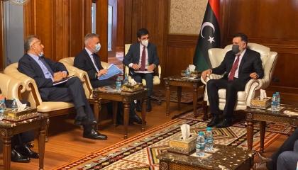 وصول وزير الدفاع الإيطالي برفقة مدير المخابرات ورئيس الأركان إلى ليبيا