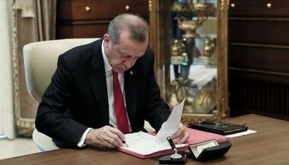 أردوغان يصدر قرارات بتعيينات جديدة في القوات المسلحة التركية