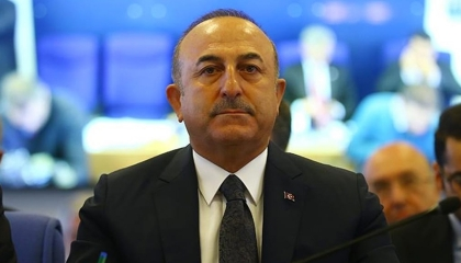 هل تستعد أنقرة للهجوم؟ وزير الخارجية التركي يزور طرابلس برفقة نظيره المالطي