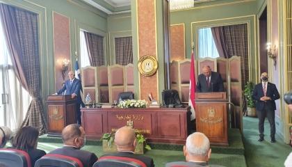 وزير الخارجية اليوناني: اتفاقية تركيا مع الوفاق مكانها «سلة المهملات»
