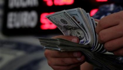 انهيار جديد لليرة.. الدولار الأمريكي يصل إلى 7.30 أمام العملة التركية