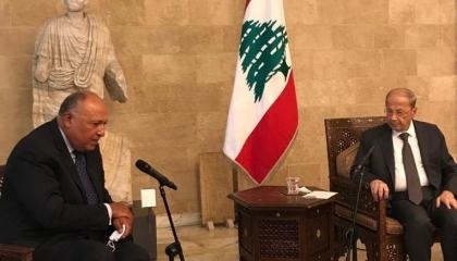 الرئيس اللبناني يستقبل وزير الخارجية المصري خلال زيارته إلى بيروت