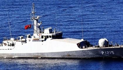 مواجهة بين تركيا واليونان بزوارق حرس الحدود البحرية