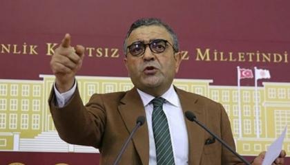 نائب يسأل وزير العدل التركي: لماذا يستمر حبس صحفيين بعد انتهاء مدة عقوبتهم؟