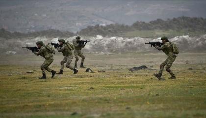بالفيديو.. استمرار مناورات «النسر التركي الأذري» استعدادًا للحرب ضد أرمينيا
