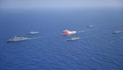 وزير الخارجية اليوناني: دخول تركيا حدودنا البحرية «احتلال» لأراضينا