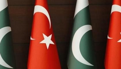 باكستان تنضم لأردوغان وتعلن تأييد الانتهاكات التركية في شرق المتوسط