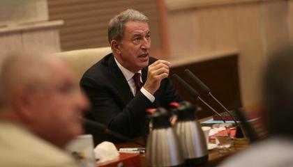 وزير دفاع تركيا يتوجه إلى أذربيجان لمتابعة مناورات البلدين