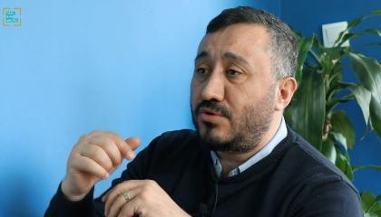 رئيس مركز استطلاعات تركي في حوار لتركيا الآن: أردوغان جاهل والمصريون إخوتنا