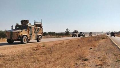 الدفاع التركية تؤكد إصابة عدد من مركباتها خلال هجوم بقذيفة «آر بي جي» بإدلب